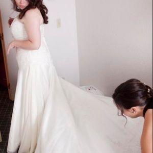 Jasmine F 608 strapless Wedding dress size 20